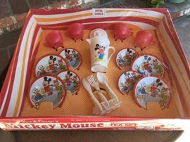 Vintage Mickey Mouse Tea Set