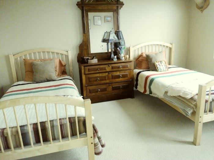Quality Bunk bed set