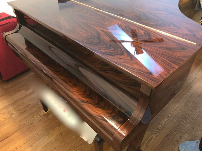 Unbelievably Gorgeous Yamaha G2 Baby Grand Piano in Unusual Rosewood