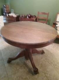 "Vintage Round Oak Table - with 1/4"" glass top - claw feet - another piece that Pam bought before we were married......we hope someone enjoys it as much as we have!!!!"