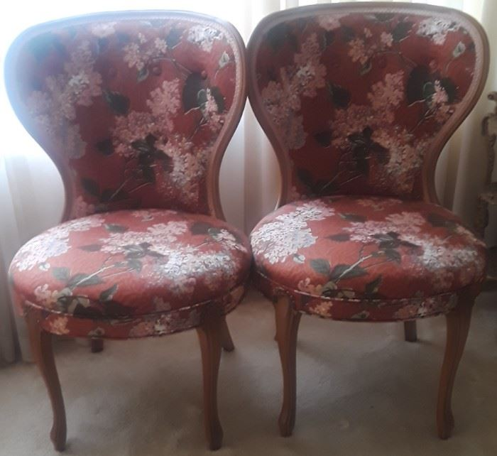 French Provincial sitting chairs. They have been professionally reupholstered. There is also a matching table cloth.