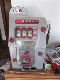 1940's Mills Black Cherry slot machine