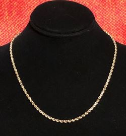10 KT yellow gold rope necklace made in Italy.