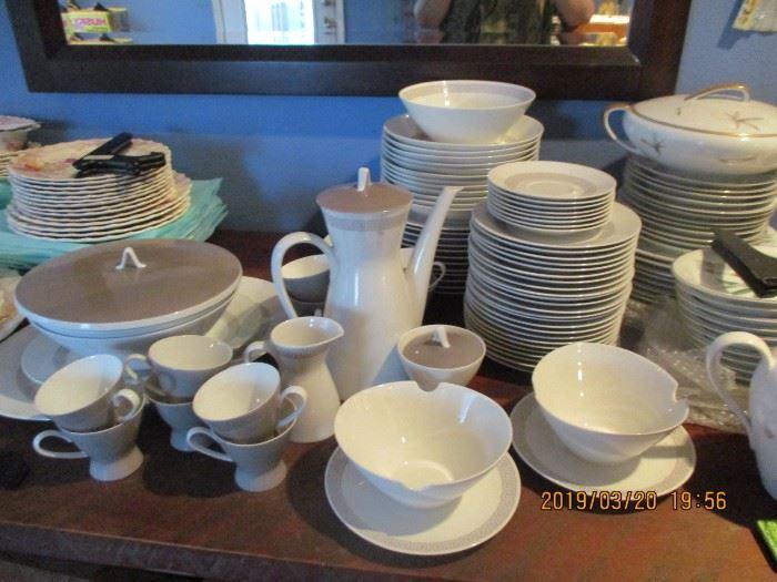 Rosenthal Porcelain Secunda Grau Raymond Lowery Studio Line