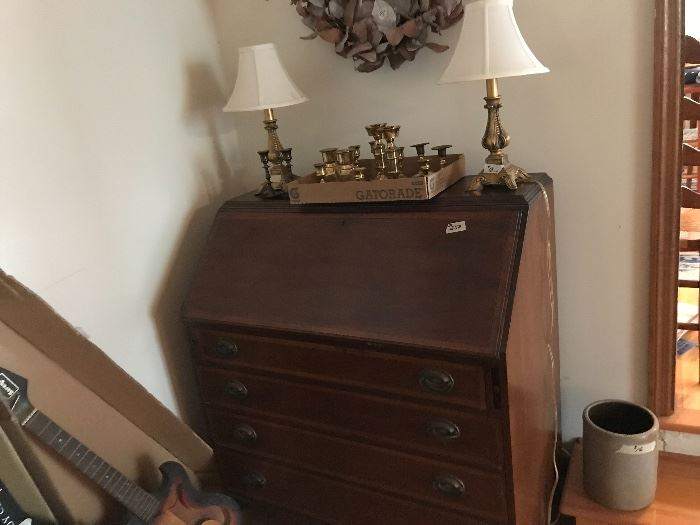 lovely secretary with four drawers