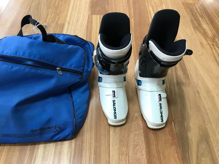 Woman's Ski Boots