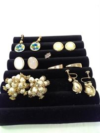 7 vintage clip-on earrings and pin. including set of Hogan Bolas vintage earrings https://ctbids.com/#!/description/share/128290