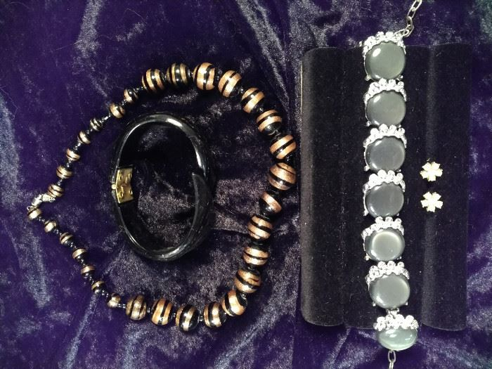 eweled and stone bracelet, Pearl style post earrings, black and gold tiger pattern necklace, Bakelite style  https://ctbids.com/#!/description/share/125126