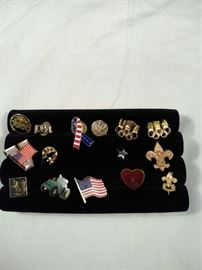 lot of 15 various pins, including Girl Scout, USA, John https://ctbids.com/#!/description/share/125144