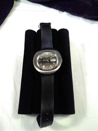 Elgin retro watch with a hand finished Scandia calf leather band https://ctbids.com/#!/description/share/125160