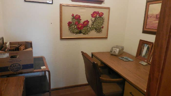 metal desk, chair, embroidery is sold, side table, sewing cabinet, etc.