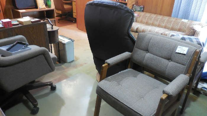 office chairs, elec. recliner