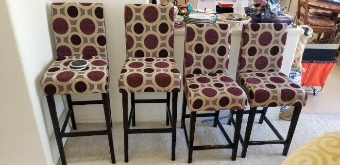 bar stools 2 sizes