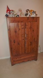 Quilt Cabinet **SOLD**