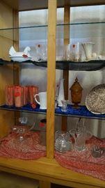 hen on nest, glasses, glassware