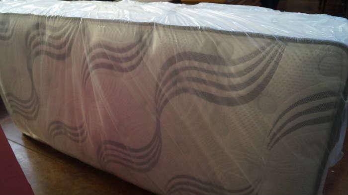 NEW twin xl mattress