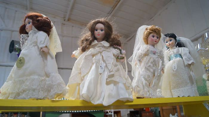 Danberry Mint Bridal dolls