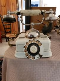 ANTIQUE FRENCH PHONE