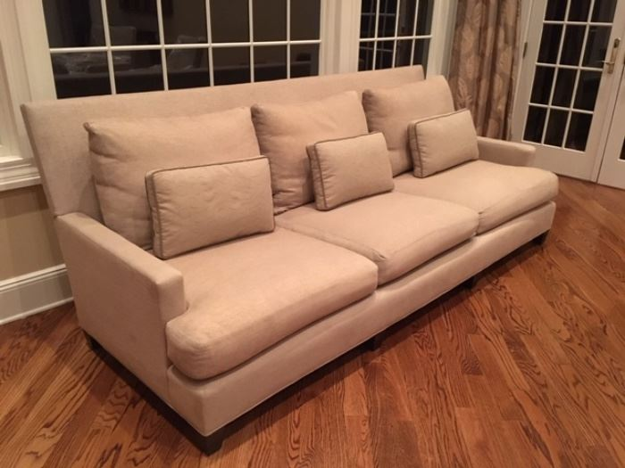 Baker couch (8' x 36' x 38')