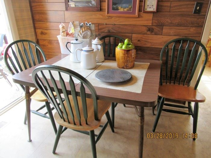 VINTAGE FORMICA TABLE WITH 4 FARM STYLE CHAIRS