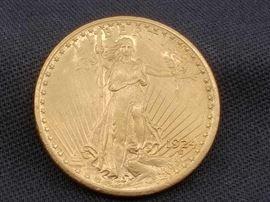#14 1924 Saint Gaudens .900 Gold Coin, 33.4g 1924 Saint Gaudens .900 Gold Coin, 33.4g