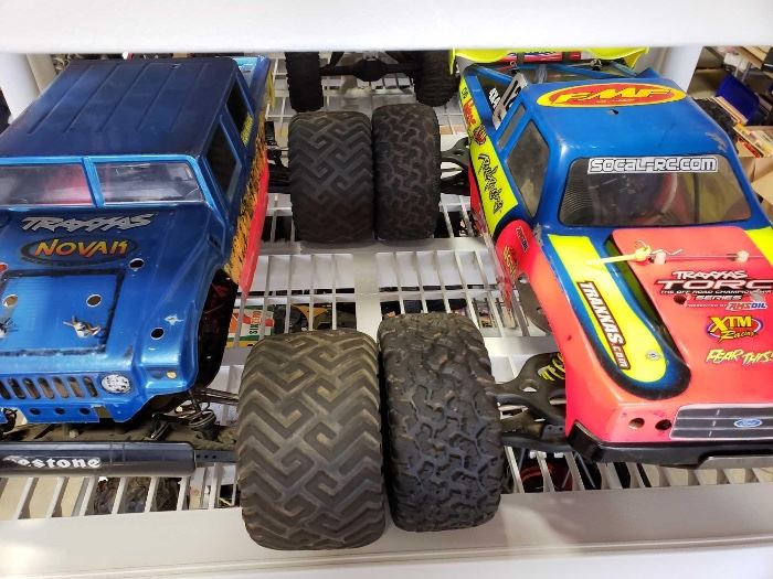 # 211 2 Electric Offroad RC Cars, 1 4WD 2 Electric Offroad RC Cars, 1 4WD