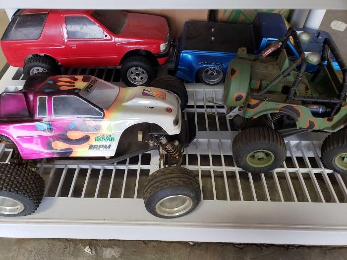 # 214 4 Electric RC Cars, 3 Offroad and 1 Drift 4 Electric RC Cars, 3 Offroad and 1 Drift