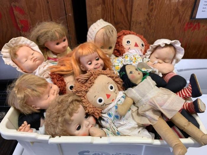 # 251 Tote of misc vintage dolls Tote of misc vintage dolls