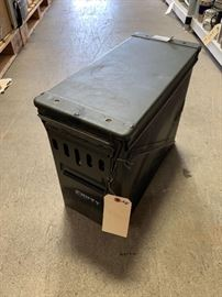 # 272 Large ammo can Large ammo can