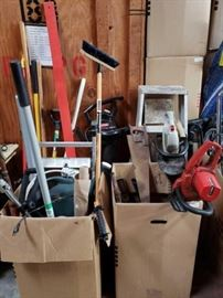 #525: Miscellaneous Landscape Tools, Electric Chain Saw, Weed Wacker, Hedge Trimmer, Craftsman 225 MPH Blower with Bag, Rake Miscellaneous Landscape Tools, Electric Chain Saw, Weed Wacker, Hedge Trimmer, Craftsman 225 MPH Blower with Bag, Rake, 5 Foot Ladder