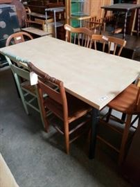 "#728: Dinner Table with 6 Vintage Miss match Chairs Table measure 59"" long 29 in the half 29"" Tall"
