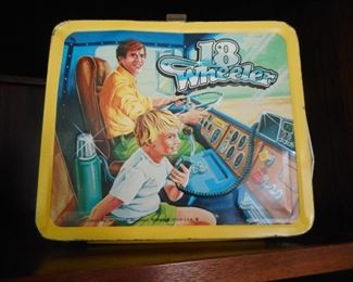 1978 Hard to Find 18 Wheeler Lunch box..no thermos