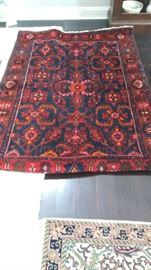 5 x 7 hand woven Parisian area rug - VERY GOOD CONDITION