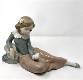 Lladro Nao Retired Reclining Girl 02010302 https://ctbids.com/#!/description/share/120994