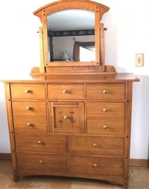 Thomasville Chest Take 1 https://ctbids.com/#!/description/share/121000