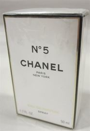 CHANEL NO. 5 PARFUM NEW IN BOX