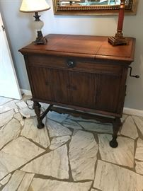 Victrola with doors closed