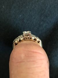 Side view of the wedding ring