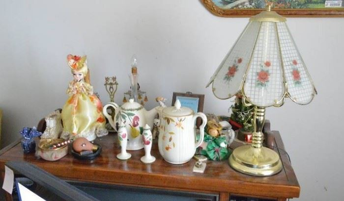 All on stand Touch lamp Tea pots Doll exclud ...