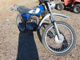 1975 Yamaha DT175 Project Motorcycle  Good comp ...