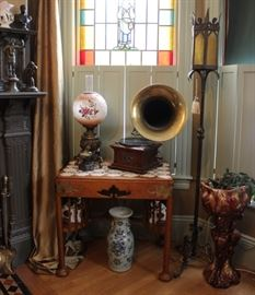 Victorian Antiques Victor Talking Machine