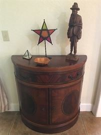 1/2 moon accent table