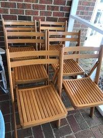 Set of 6 folding wood chairs