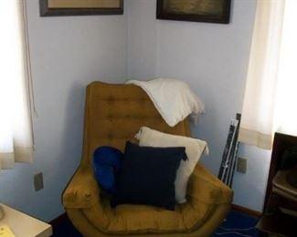45.00 Mid Century Chair