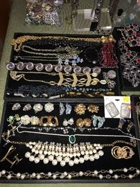 BEAUTIFUL COSTUME JEWELRY-BRACELETS, EARRINGS, NECKLACES, RINGS AND BROOCHES