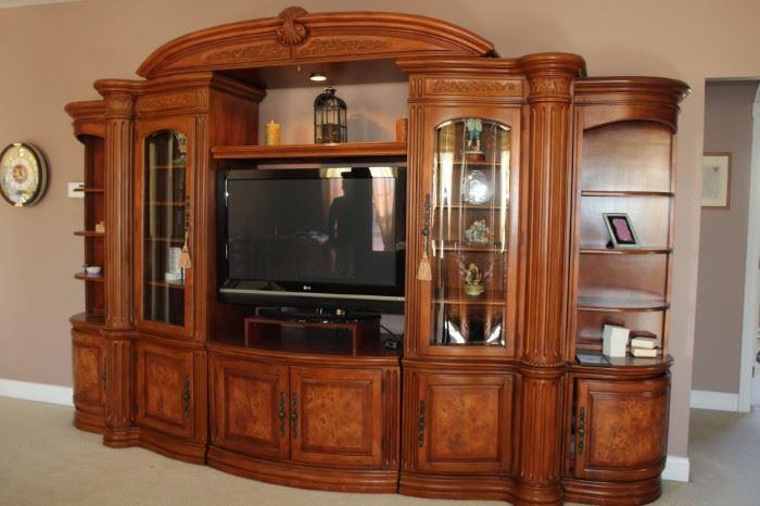 Michael Amini Signature Series King Bedroom Furniture