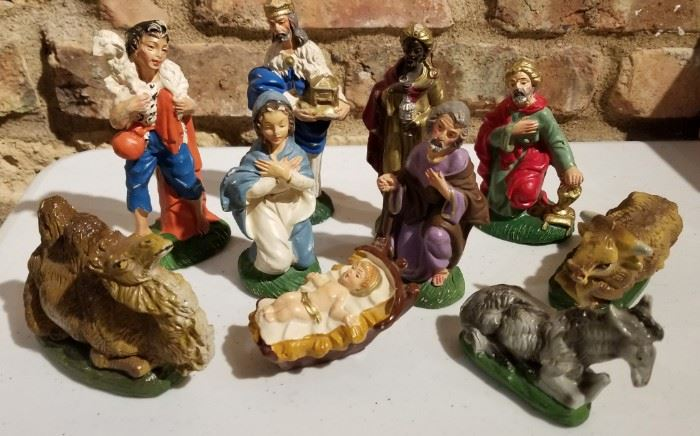 Chalkware Nativity 10 Piece Set Italy