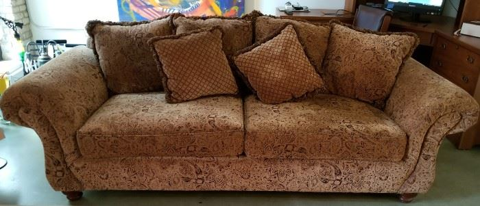 Klaussner Couch Sofa