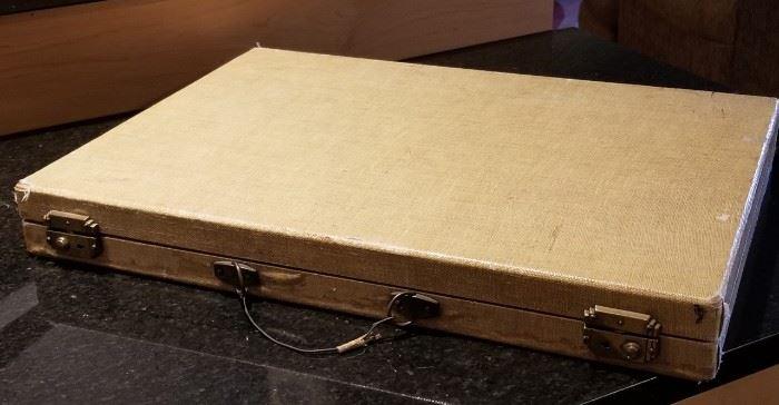 Vintage Bakelite Backgammon Case