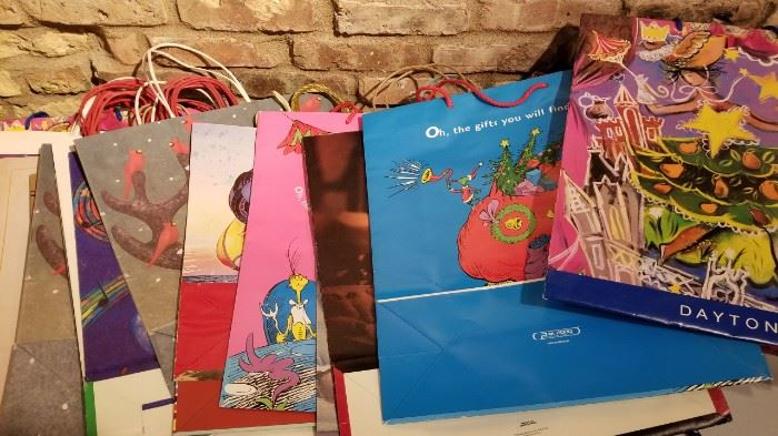 Vintage Daytons and Other Christmas Bags and Boxes c